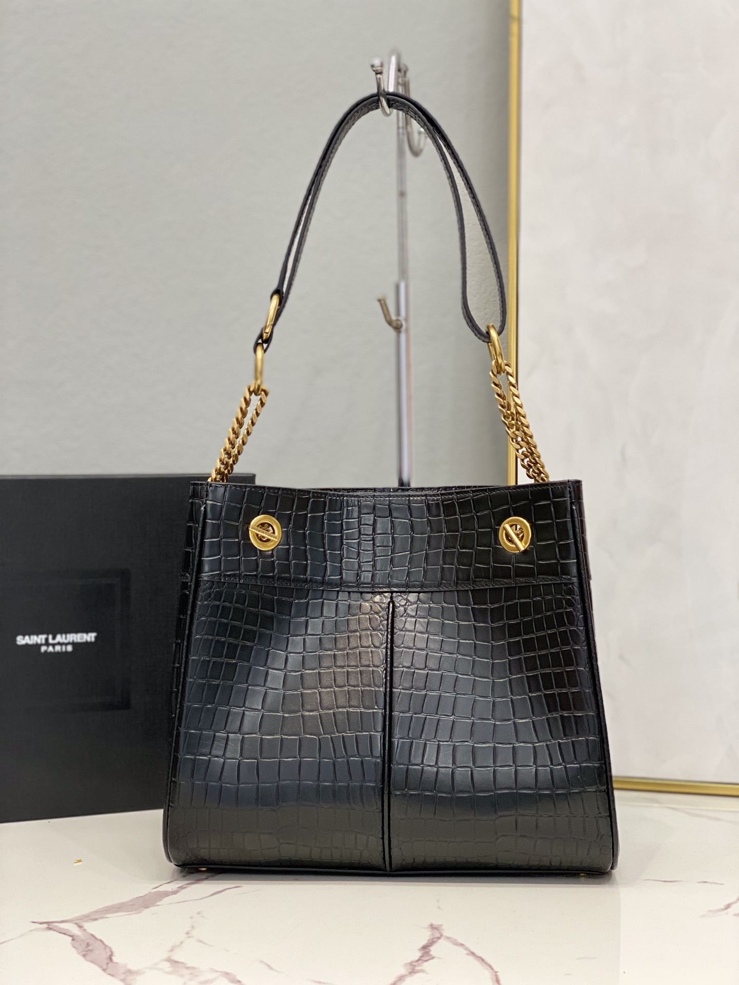 2021 saint laurent claude shopping bag in crocodile-embossed BLACK
