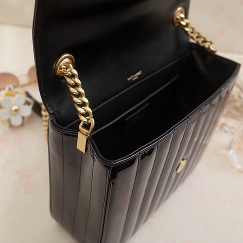 2018 S/S Saint Laurent Large Vicky Bag in Black Patent Leather