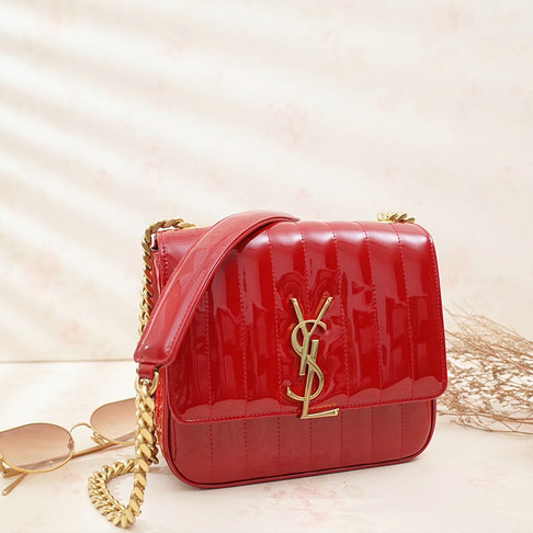 2018 S/S Saint Laurent Large Vicky Bag in Red Patent Leather