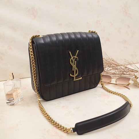 2018 S/S Saint Laurent Large Vicky Bag in Black Leather