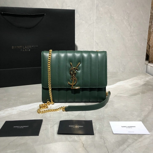 2019 Saint Laurent Vicky Chain Wallet in quilted lambskin leather