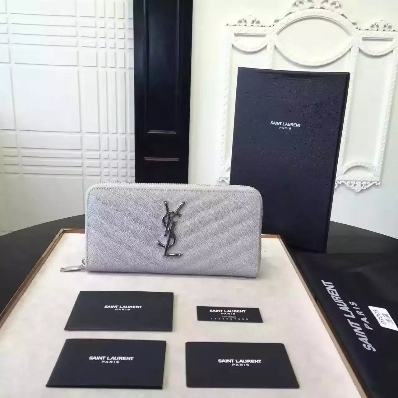 2016 Cheap YSL Out Sale with Free Shipping-Saint Laurent Monogram Zip Around Wallet in Light Grey Grain De Poudre Matelassé Textured Leather