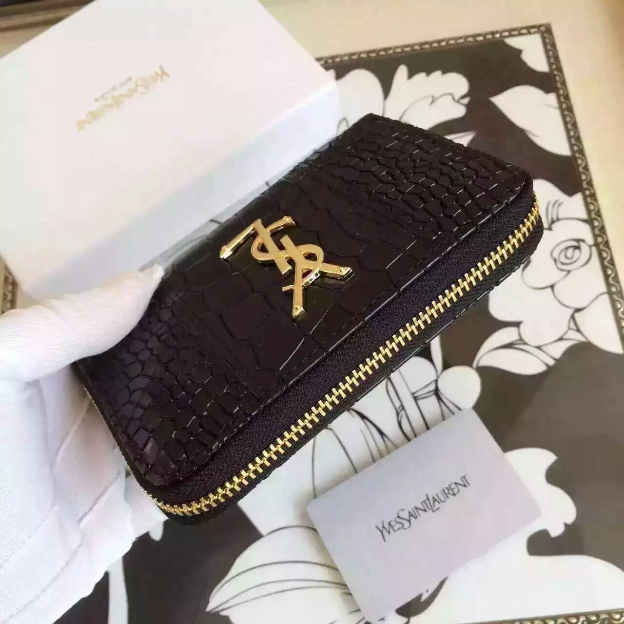 YSL Spring 2016 Collection Outlet-Saint Laurent Small Monogram Zip Around Wallet in Black Crocodile Embossed Leather