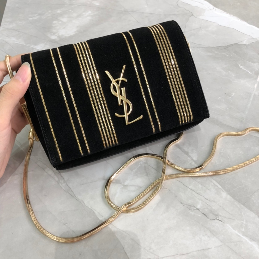 2019 Saint Laurent shoulder bag black