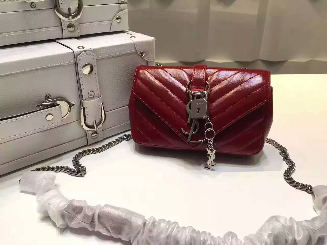 "S/S 2016 Saint Laurent Bags Cheap Sale-Saint Laurent Classic Baby Monogram Chain Bag in Red Shiny Matelasse Leather with Silver ""YSL"""