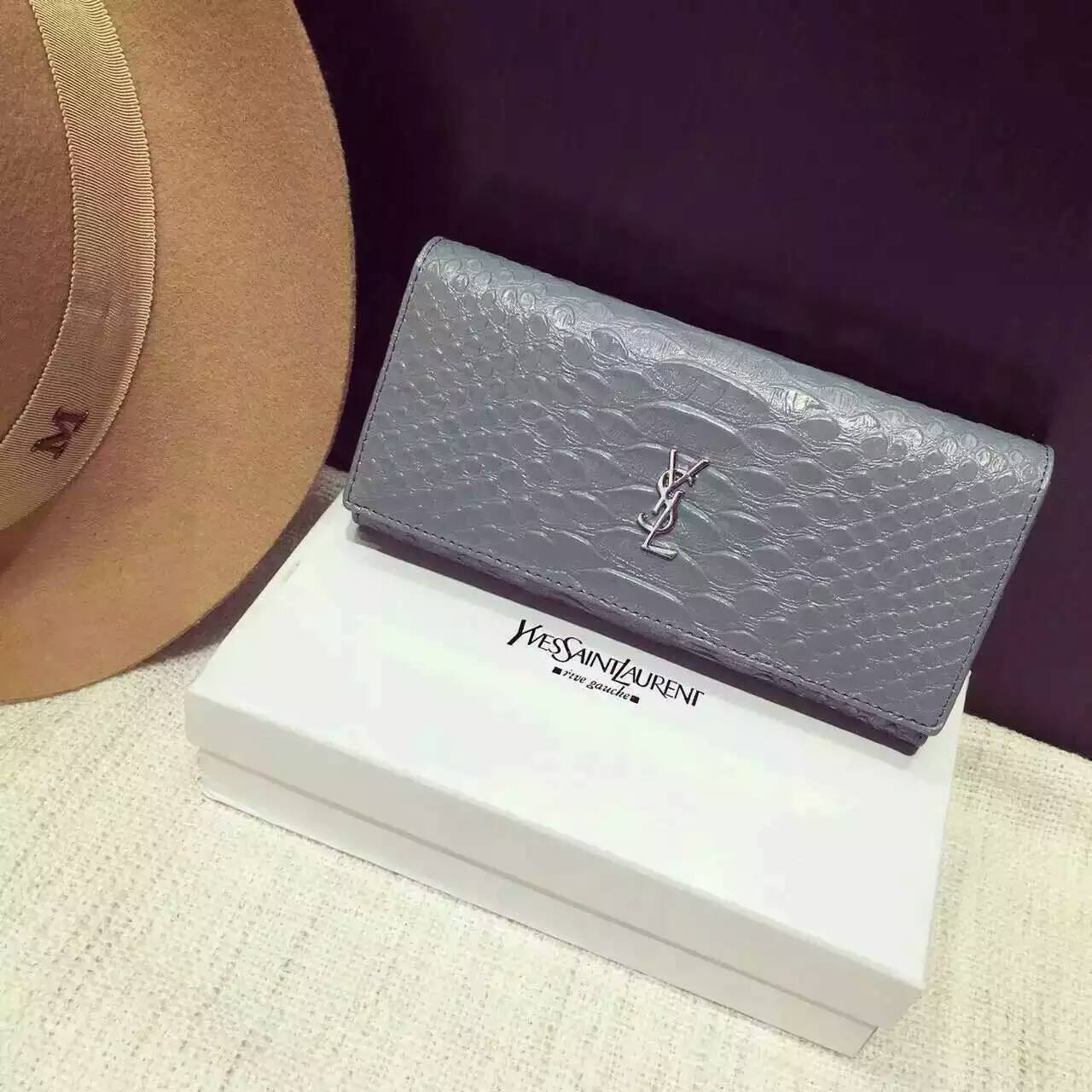 Limited Edition!2016 New Saint Laurent Small Leather Goods Cheap Sale-Saint Laurent Clutch in Light Blue Python Embossed Leather