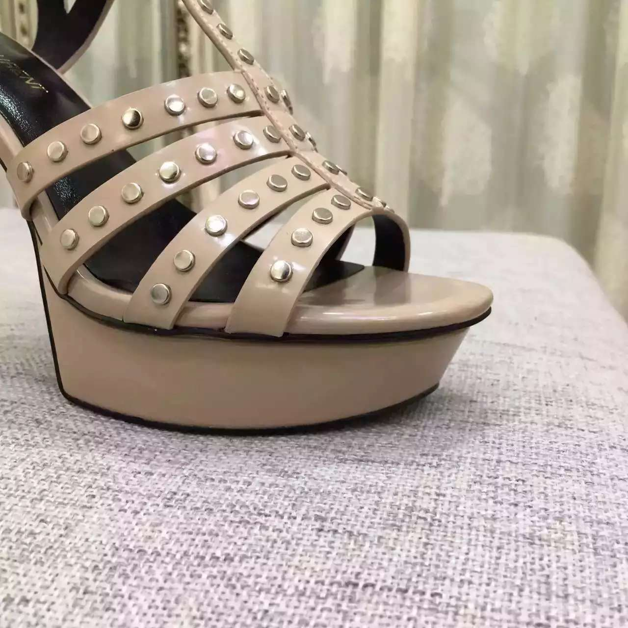 2016 Saint Laurent Shoes Cheap Sale-Saint Laurent Classic TRIBUTE 105 Studded Sandal in Powder Leather and Nickel