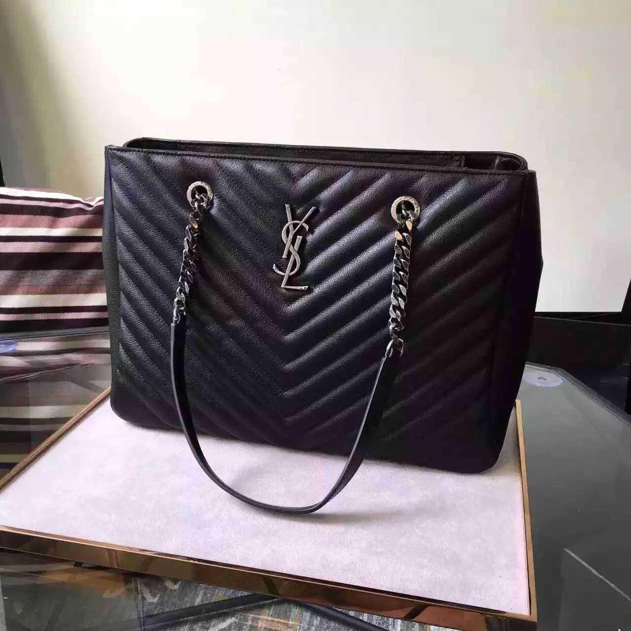 New Arrival!2016 Cheap YSL Out Sale with Free Shipping-Saint Laurent Classic Monogram Shopping Bag in Black MATELASSÉ Leather