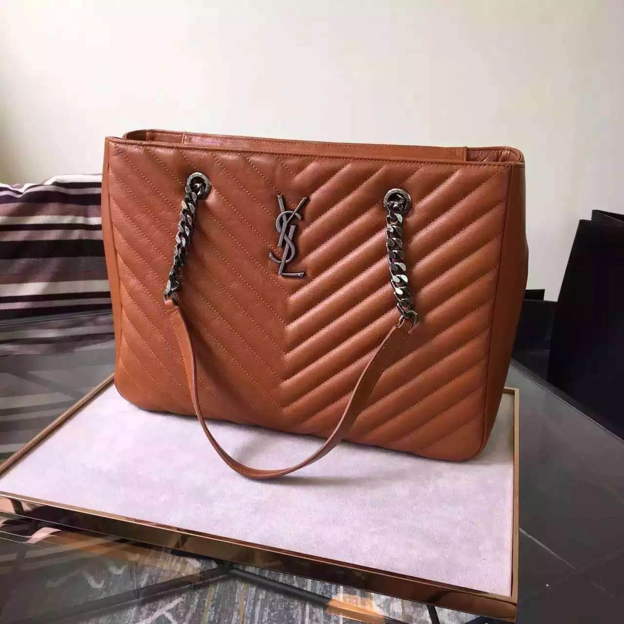 New Arrival!2016 Cheap YSL Out Sale with Free Shipping-Saint Laurent Classic Monogram Shopping Bag in Camel MATELASSÉ Leather
