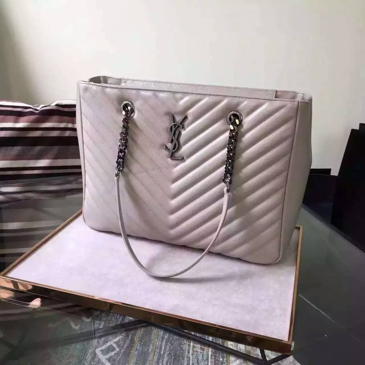 New Arrival!2016 Cheap YSL Out Sale with Free Shipping-Saint Laurent Classic Monogram Shopping Bag in Dove White MATELASSÉ Leather