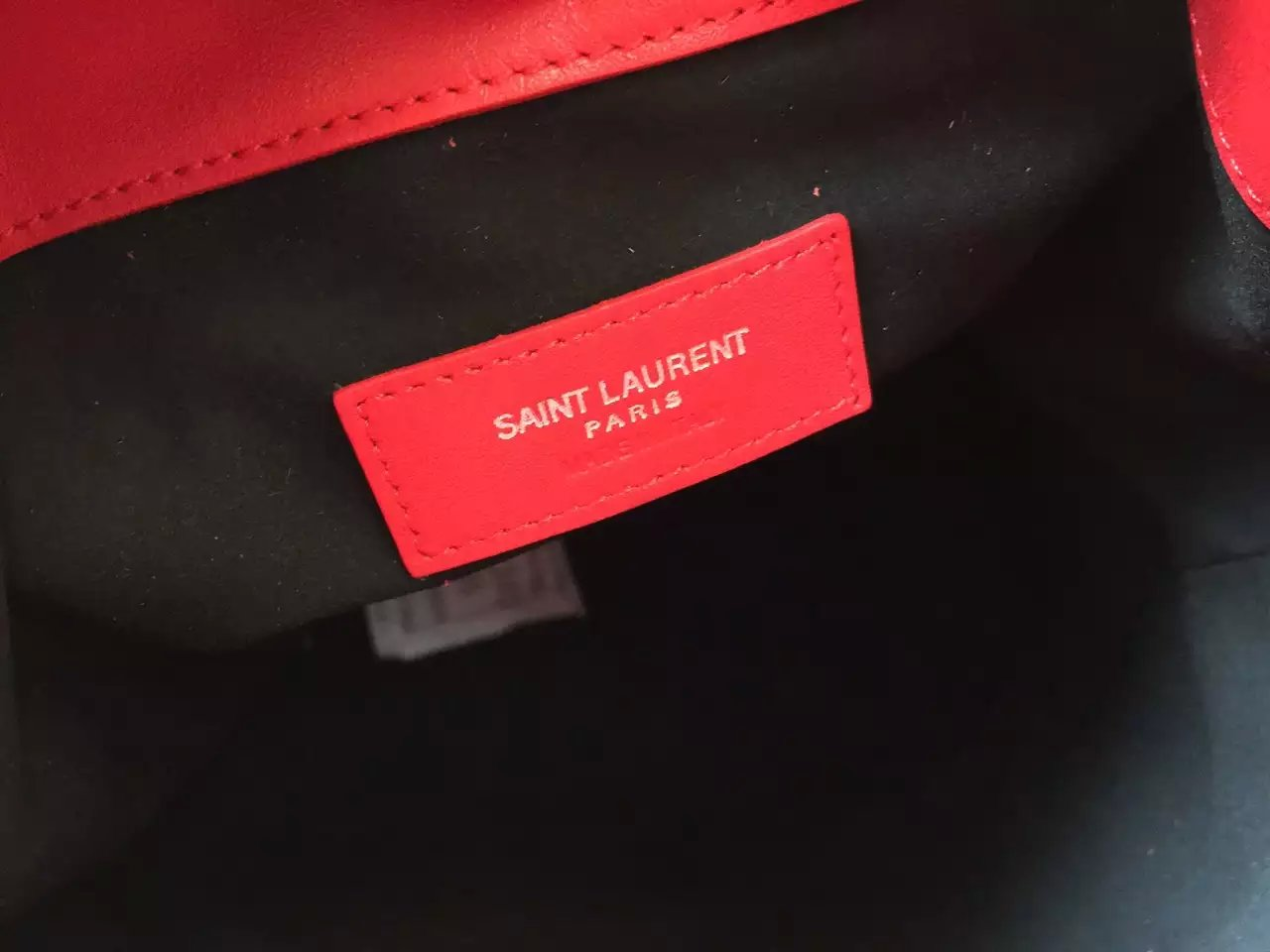 2016 New Saint Laurent Bag Cheap Sale-Saint Laurent Medium Emmanuelle Bucket Bag in Cherry Leather With Zips - Click Image to Close