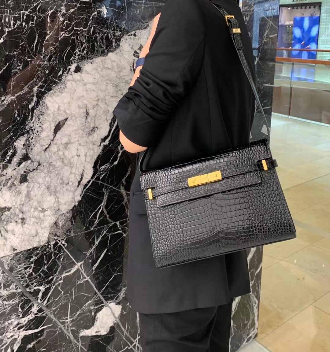 2020 Cheap Saint Laurent manhattan shoulder bag in crocodile-embossed shiny leather